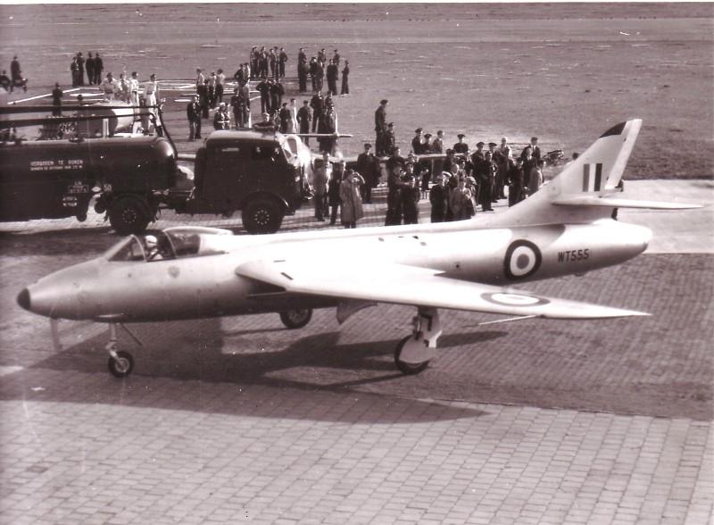 Hunter-WT555-Neville-Duke-Vliegfeest-195