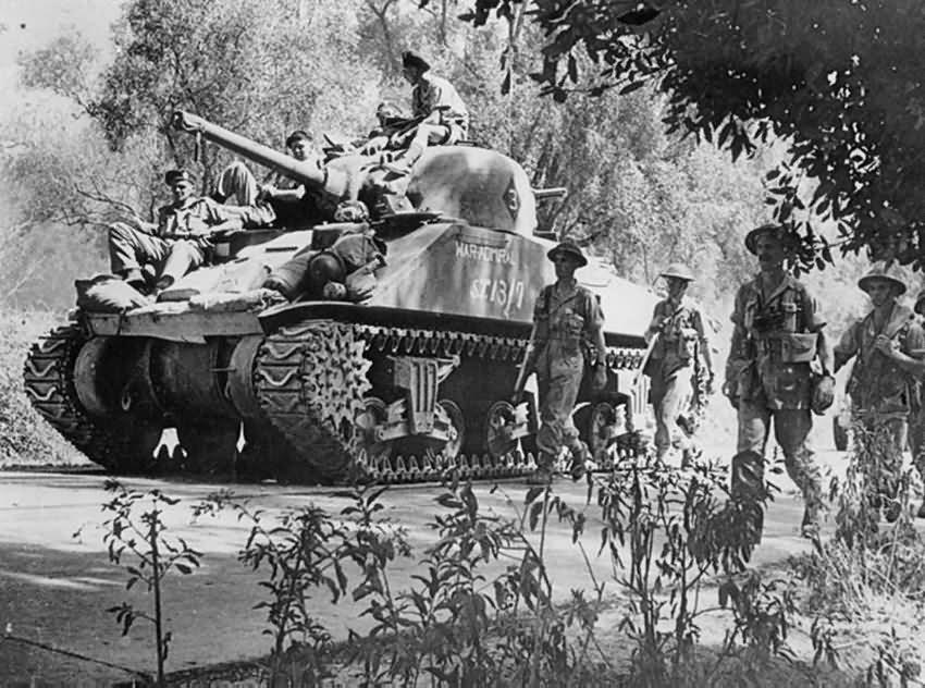 British_M4_Sherman_War_Admiral_in_Action